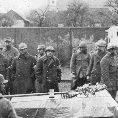 Funerale di Richard Hall: primo caduto AFS nella Grande Guerra, Dicembre 1915. Da History of the American Field Service in France, vol.I, p. 6